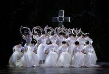 Ballet de l'opera de paris-Paris opera ballet / by jean-baptiste rony