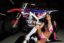 Bikes & Girls