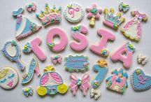 woman / princess cookies