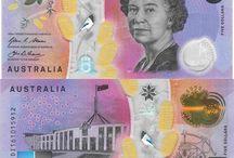 Billets Australie / Les billets de banque Australiens en circulation sont : 5 dollar AUD, 10 dollar AUD, 20 dollar AUD, 50 dollar AUD, 100 dollar AUD. Depuis 1988, les billets sont en polypropylène. (une première à l'époque! )