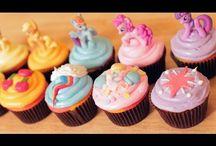 Cupcakes! / by Mary Potmesil