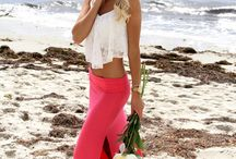 Fashion on the Beach / Fashion on the Beach, high end fashion shoots on a beach or just fashion which is suited for the beach