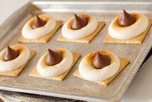 Cookiesss / by Amanda Schrader