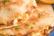 Breakfast, Brunch & Egg Recipes / by Dianne Kelley