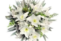 winter flower arrangements