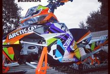 thats the most nice snowmobile I've ever seen