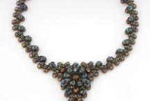 BIŻU - PINCH ,Rose Petals Beads