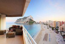 Appartements avec vue / Qui ne rêve pas de passer ses vacances dans un appartement avec une vue splendide ? #location #vacances