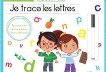 Collection parascolaire / Cette collection regroupe des livres d'activités, des dictionnaire et des cartes-éclairs, afin de permettre aux élèves du primaires de poursuivre leurs apprentissages à la maison.