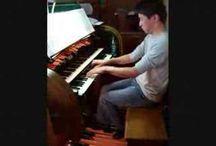 Inspiring pianists