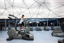 Kluby fitness / Siłownie / Inspirujący wystrój klubów fitness i siłowni