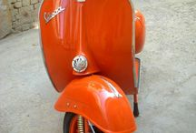 Classic Retro Scooters / by SimplyEighties.com