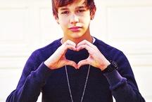Austin Mahone   / Love him ;D