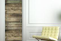 Stickers pour porte / Lasse de votre porte qui est trop classique ou détériorée? Optez pour un sticker qui la recouvrira complètement et lui donnera une utilité décorative!