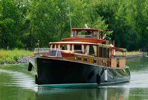 Boats / Motor / Classic