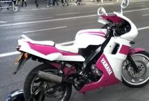 Motos / Suzuki, Smart, Volta, Vespa, Yamaha, Peugeot, Mini, Kawasaki, Honda, Garelli, BMW, Harley Davidson....