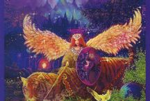 The Angel Tarot  / Single card readings from the Angel Tarot by Doreen Virtue and Radleigh Valentine