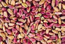 Pistacchio Di Sano Srl / Di Sano Srl è l'azienda per eccellenza che si occupa da oltre tre generazione nella lavorazione del pistacchio in seguito distribuito alla migliori aziende alimentari italiane