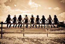 Country Life / Viaggi per amanti del mondo country: cavalli, natura, chitarre, line dance e tanto sano divertimento!