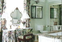 Bathrooms / by Melissa Jones Callahan
