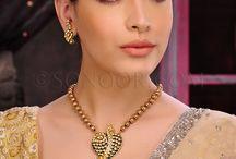 Pendants / Indian Pendants, Indian Bridal Pendants, Indian Traditional Pendants