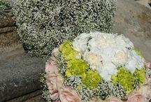 """Gypsophila Wedding / Negli ultimi anni sono sempre più richieste decorazioni floreali per per matrimoni di sola gypsophila , fiore meglio noto come """"velo da sposa"""", che con la sua forma permette di creare composizioni leggere come delle nuvole."""