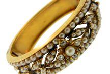Jewelry / Beautiful Jewelry / by Donna Bixler