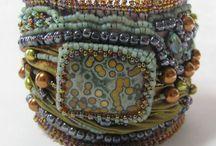 Bracelets embroidered