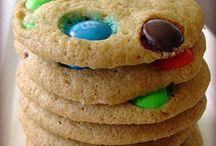 Bars, Cookies & Brownies. / by Mel Hirsch