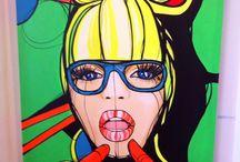 Hula / Hula a jej krasne neonove diela