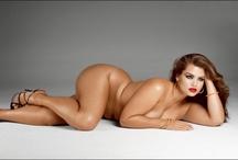 Captivating Curves / by Marisol O. Preciado
