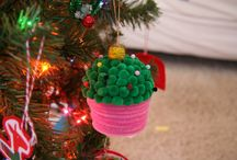 Christmas crafts and decorations / by Nancee Smith