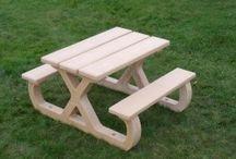 TABLES PIQUE-NIQUE BÉTON / Pour aménager des espaces de convivialité extérieurs en toute sécurité, nos TABLES PIQUE-NIQUE en béton.