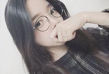 girls in glasses