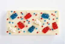 July 4th Chocolate Bars / Luscious patriotic chocolate perfect for 4th of July Celebrations!