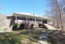 Black Fox Harbor Homes for Sale / View Norris Lake Homes and Lots for Sale at Black Fox Harbor in Washburn, TN.