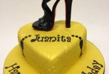 Exclusive Designer Handbag & Shoe cakes by Designerart Cakes / Designer Sugar Shoe Cakes