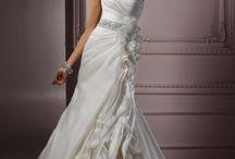 Wedding Dresses for Weezy !! / by Lori Fielding