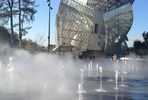 Louis Vuitton foundation / Public opening day on October, Monday 27, 2014. More photos from the extraordinary building than from the artists...