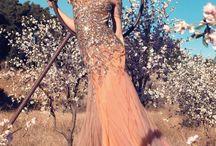 Beautiful Dresses / by Paige Barrett