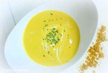 Suppen & Eintöpfe ♡ / Leckere Rezepte für jeden Geschmack. Die besten Suppen und Eintöpfe, vom Prosecco Schaumsüppchen, mexikanischer Feuertopf über Oma´s goldgelbe Hühnersuppe.  Zubereitung mit und ohne Thermomix