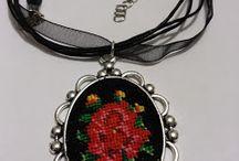 Necklace goblen