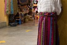 Guatemala / Central Amerika -  Population (Guatemalan): Mestizo (mixed Amerindian-Spanish - in local Spanish called Ladino) and European 59.4%, K'iche 9.1%, Kaqchikel 8.4%, Mam 7.9%, Q'eqchi 6.3%, other Mayan 8.6%, indigenous non-Mayan 0.2%, other 0.1%