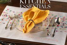 eInvite Top Picks: Kitchen Essentials / From kitchen decor to cutting boards, here are some must have kitchen essentials!
