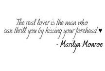 Legendary woman:Marilyn ... / Marilyn Mornoe quotes and photos