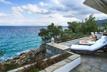 Seafront vlla in Vourvourou, Sithonia / Spacious seafront villa in Sithonia, Halkidiki. Excellent location and a view that will leave you speechless.