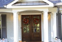 Front Doors / by Malissa Hargrove Byrd