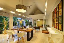 Villa Gallici / La villa Gallici, située à 500 m de la plage, vous charmera par son style moderne propre aux villas tropicales de Bali aujourd'hui. Vous ne serez qu'à quelques minutes des restaurants, des bars, des spas mais aussi du quartier d'Oberoi où vous trouverez toutes les boutiques branchées de Bali.  Cette maison de standing a été construite et meublée avec des matériaux haut de gamme. Son sol recouvert d'un beau marbre beige, vous donnera une impression de fraîcheur sous le climat tropical Balinais.