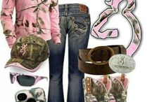 Country Girl / by Taylor Silvers