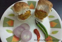 Snacks / Learn how to make vegetarian quick and easy snacks at home